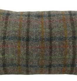 Harris-Tweed-Rectangular-Cushion-with-Velvet-Back-Brown-Check-Colour-Made-in-Scotland-by-Glen-Appin-0